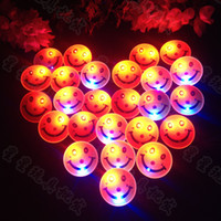 Boys 0-12M Plastic Wholesale-OP-Smiley flash brooch led corsage badge party accessories funny novelty bar supplies 20pcs lot