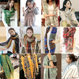 Wholesale 20 Colors Women Fashion Floral Voile Scarves Women Autumn Spring Winter Popular Watches Porcelain Printed Silk Scarves Ladies Scarves