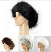 Wholesale New Fashion Women Winter Faux Leather Headgear Beanie Skull Caps Popular Faux Fox Fur Plush Feather Head Round Hat M1188