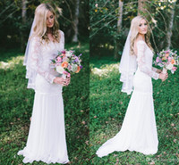 Cheap Cheap Lace Chiffon Long Sleeve Backless Scoop Beach Wedding Dresses Sweep Train Romantic Boho Garden Bridal Party Gowns 2014 Custom