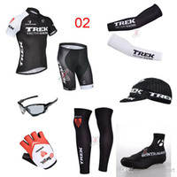 Wholesale Bike Team Trek Cycling Jerseys Set Short Sleeve Bicycle Clothing Road Riding Wear Hat Leg Warmer Shoes Cover Gloves Arms Sunglass Skinsuit