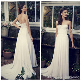 2014 Bohemian Backless Lace Beach Wedding Dresses Ivory Strapless Open Back Floor Length Chiffon Sheath White Bridal Gowns