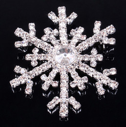 rhinestone snowflake brooch sparkly crystal alloy brooches Christmas pins clips dress costume scarf tie pin women children party favours