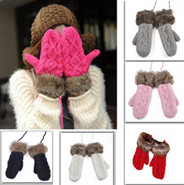Wholesale Xmas Gift New Feather Fashion Twist Lovely Lady Winter Pure Weaving Upset Warm Hang Neck Wool Gloves Knitted Fur Mitten CW20004