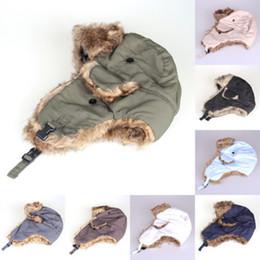 2017 sombreros trampero Hombres de invierno de las mujeres de los hombres del cazador del sombrero del esquí de la nieve de Earflap del soldado de bombardero del aviador del bombardero sombreros trampero baratos
