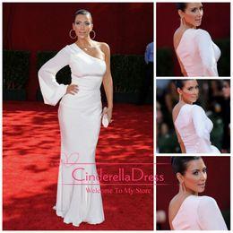 Wholesale Kim Kardashian Formal Evening Dresses White Prom Dress Mermaid Column One Shoulder Long Sleeves Chiffon Celebrity Dresses BO6585