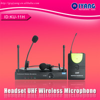 Wholesale Hot Sale Professional Karaoke UHF WIRELESS Bodypack headset lapel Professional stage Wireless microphone System consumer electronics