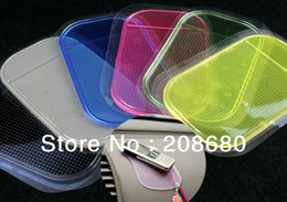 Wholesale Powerful Silica Gel Magic Sticky Pad Anti Slip Non Slip Mat for Car dvr GPS AAA