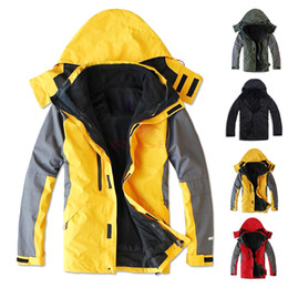 Wholesale Hot New Outdoor Mens Waterproof Sports Coat Hood Fashion Two Piece Climbing Clothes Skiing Jacket M L XL XXL