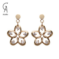 Cheap drop earrings with 18k rose gold plated and Australia diamond flower pendants for girls wedding wear