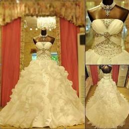 Wholesale Robe de mariée en satin A ligne de train plissés plissés organza cristal perles strass belle robe de mariée boule sur mesure