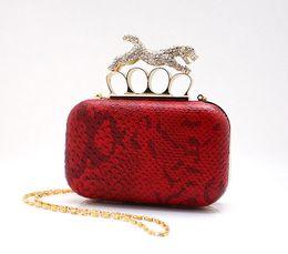 Nueva asombrosos Mujeres embrague Anillos bolsos de tarde, de noche del leopardo de cristal caliente del bolso, estilo punky con la cadena del hombro, envío libre 0920 desde de embrague del anillo de leopardo proveedores