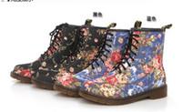 Wholesale New Autumn Winter Women Fashion Printing AizWsin Brand Canvas Roses Flat Boots Martin Boots Locomotive Boots size