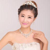 Wholesale Fine Elegant Silver Flower Pearl Tiara Necklace Earrings Set Bridal Wedding Party Jewelry Wedding Accessories