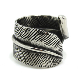 Free Shipping Light Leaf Ring 316L Stainless Steel Man Boy Fashion Jewelry Band Party Punk Plant Leaf Ring