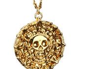 al por mayor collares del caribe-Piratas de buena calidad de los del Caribe Jack Sparrow AZTECA Coin Colgante Collar Cadena de Oro / 20pcs Bronce