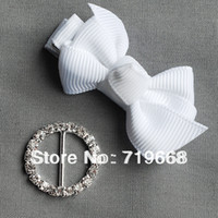 Wholesale Hot Sale in Stock MM round metal rhinestone buckle wedding invitation card embellishment gift packing DIY accessory