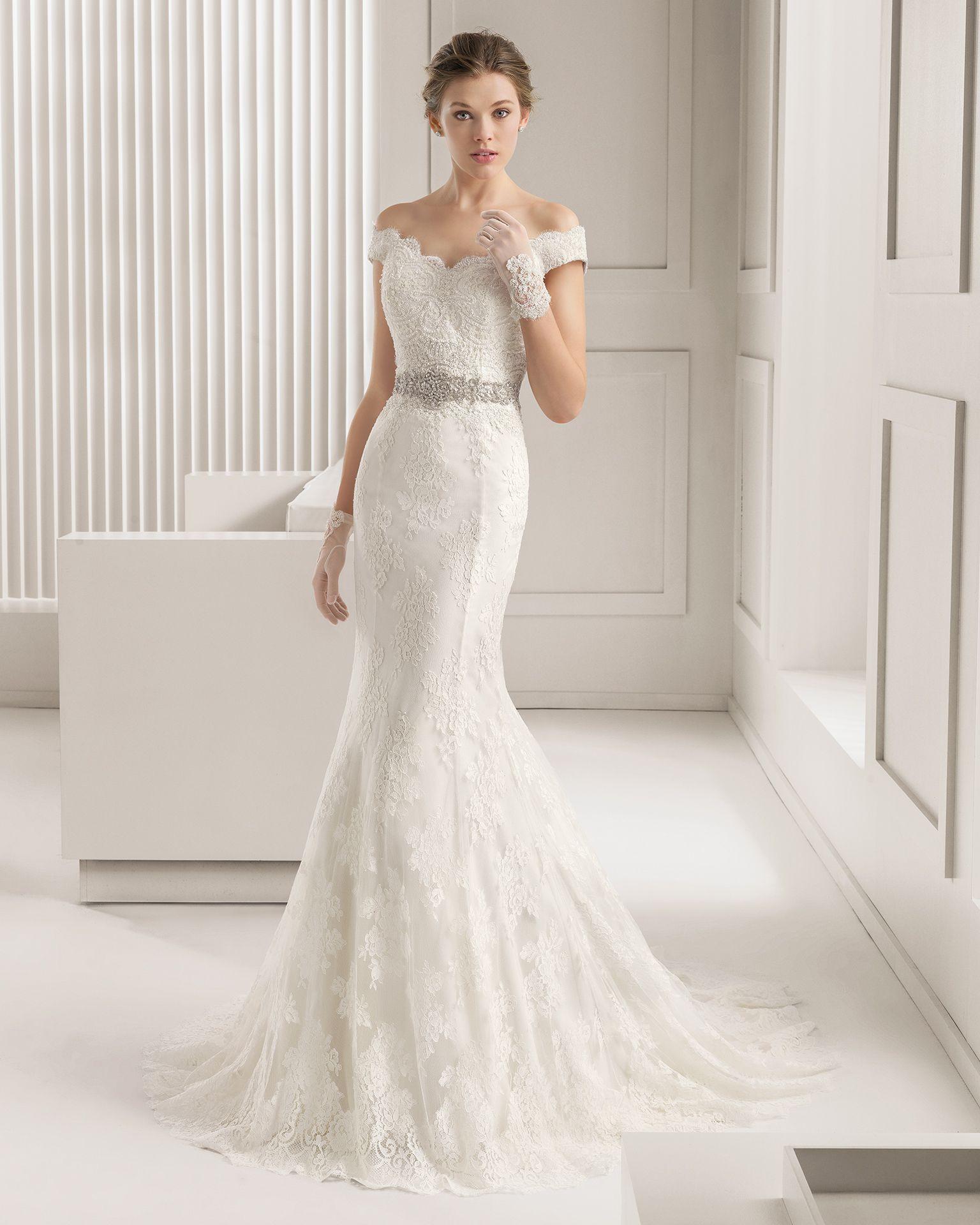 2015 vintage lace mermaid wedding dresses off shoulder for Vintage lace mermaid wedding dresses