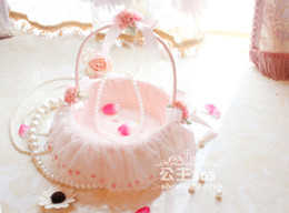 Wholesale LN Beauty Pink Wedding Flower Basket Fast Delivery Bridal Accessories Portable Basket Hand Basket Lace Edge