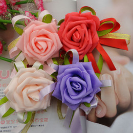 Wholesale New Romantic Wedding Decoraitve Boutonniere Wrist Flower Prom Corsage Artificial Rose Wedding Accessories Red Pink Bridemaids Wrist Corsage
