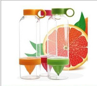 Wholesale Citrus Zinger Lemon Cup Fruit Infusion Water Bottles with Citrus Juicer manual juicer fruit cups DHL a675