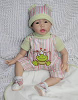 Unisex Birth-12 months Vinyl Wholesale-Realistic and Lifelike Baby Doll Weighted Body silicone vinyl 22 inch soft reborn Baby dolls girls