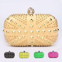 Handbags Yes Solid Bag Wholesale-Famous Designer Luxury Gold Evening Bags Punk Style Skull Rivet Rhinestone Bolsas UK Flag Party Bag Chain Women Clutches Handbag