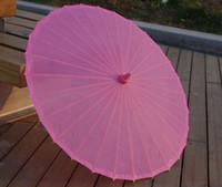 al por mayor papel de la vendimia sombrilla-Manija de bambú del estilo de la vendimia Papel de color sólido Parasoles Paraguas de sol Diámetro 33 ''