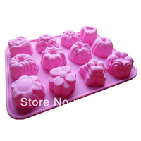 Wholesale soft silicone chocolate cookies baking cupcake twelve different pattern shape cake model