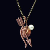 punk archery charm - 2014 New Fashion Hunger Games Copper Archery Arrow Charm Pearl Necklace Pendants Jewelry for Gift Pendant Necklace Movie Jewelry
