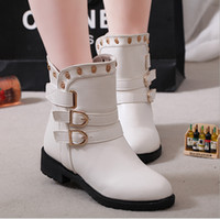 Wholesale fashion round buckle Velcro low with Martin boots women s martin boots flat vintage buckle motorcycle boots Rivet Boots colors
