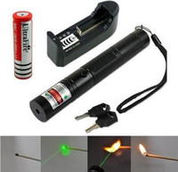 Wholesale laser pointers pen lazer light green laser red laser pointer focusable with battery charger keys burning torch
