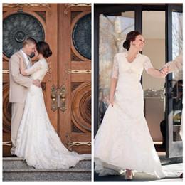 Wholesale Glamorous new design lace wedding dresses A line half long sleeve v neck elegant garden bridal wedding gowns best selling