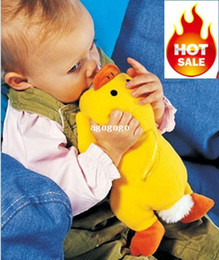 Wholesale HOT winter franchised infant cartoon animal shape bottle thermos bottle cover with yellow and green color