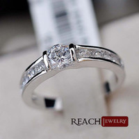 Band Rings Women's Wedding K8070 Round CZ Diamond Rock Wedding Ring White Gold Plated Engagement Fashion Crystal Party Jewelry For Men And Women