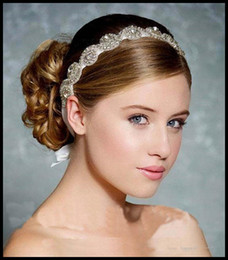 Wholesale Luxury Hot Sale Swarovski Crystals Shine Bridal Crown Wedding Tiaras Hair Accessories For Bride In Stock Spring