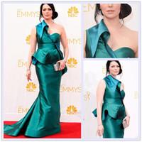 Reference Images One-Shoulder Satin 2014 66th Emmy Awards Emmys One-Shoulder Peplum Ruffles Pleated Red Carpet Dresses Backless Satin Mermaid Green Evening Celebrity Dresses