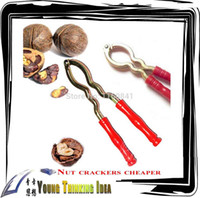 Wholesale Hot new steel cheapest nut crackers clamp nut walnut cracker clip kitchen tool Creative Home