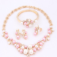 Wholesale New Arrival Pink White Imitation Pearls Jewelry Sets Fashion K Gold Plated Necklace Set Latest Indian Bridesmaid Wedding Accessories A1164