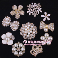 custom made jewelry - WW Cheap Fashion Hot Selling Brooches Crystal Rhinestone Brooch Pins Pectoral Korean Jewelry Flash Diamond Custom Made Different Choice