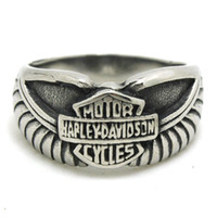 Wholesale New Arrival Mens Boys Eagle Wing Punk Gtohic Style L Stainless Steel Logo Cool Design Silver Biker Ring Factory Price