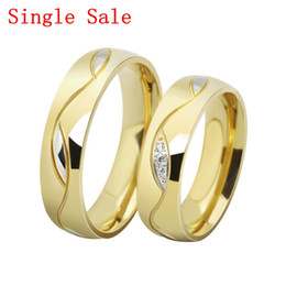 Fashion CZ diamond couple rings for men women 18k gold plated stainless steel wedding jewelry wholesale Free shipping