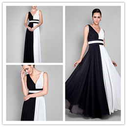 2019 full new Exquisite Fashion v-neck chiffon handmade flower wasit Fold\Ruffle A-line Floor length Mother of the Bride Dresses