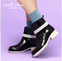 Wholesale 4 color size woman fashion Clear Rain Boots Color Soles Combat Lace Up baby Jelly Waterproof Transparent boots TOPB162 pairs