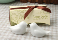 Wholesale boxes newest wedding favors love bird salt pepper shaker ceramic wedding gift for guests