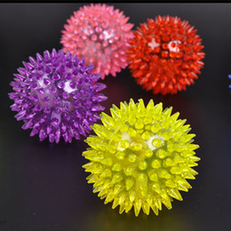 Wholesale Stretch Flash Massage Ball Hedgehog Ball Flash Ball Bouncing Ball Flash Barbed Ball Led Flash Toys Party Christmas Birthday Festival Gift