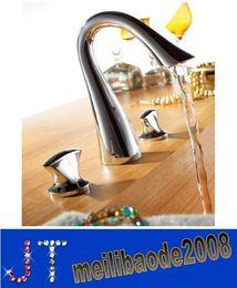 Torneira do banheiro generalizada misturador da bacia torneira pia 3 furos estilo dupla alça de alta qualidade chrome / acabamento em latão dourado / cisne cobre HSA0684