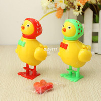 Wholesale Wholesales Gift Chain Small Chicken Toys Chicken Run Wind Up Toys Yiwu Cheap Toy Christmas Gifts Two Colors