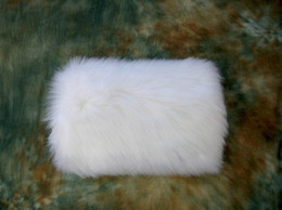 Wholesale Cheap Winter White Faux Fur Wedding Gloves Warm Bridal Muff Accessories Stored For Your Wedding Quickly