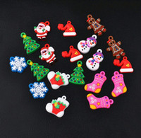 Unisex 5-7 Years Multicolor Lovely Christmas Random Mix Designs Dolls Flowers PVC Charms For Rainbow Loom Bracelet